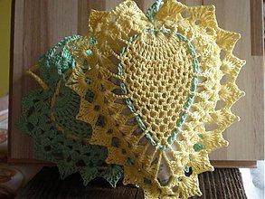 Dekorácie - žlté srdiečko a voniáá - 675790