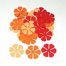 Papier - S011 Výseky z papiera - embosované kvety, 30 ks - 689661