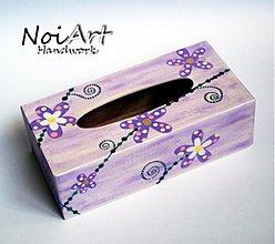 Krabičky - Drevená krabica na servítky s kvetmi - 737860