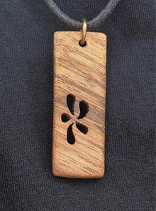 Náhrdelníky - Kvet z dreva - 762033