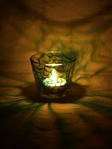 Svietidlá a sviečky - Svietnik na čajovú sviečku - Spider Web (Green) - 817685