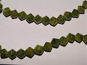 Korálky - Skl.tlačené korálky 6mm-10ks (zelená) - 936750
