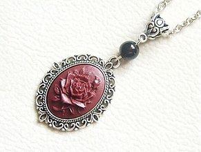 Náhrdelníky - cameo purpurová ruža - 938790