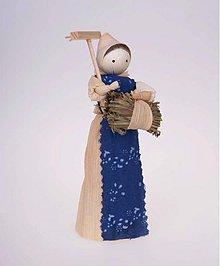 Dekorácie - Ženuška s hrabľami - 942547