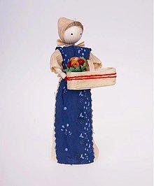 Dekorácie - Ženuška s košíkom kvetov - 966230