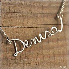 Náhrdelníky - Náhrdelník s menom z postriebreného drôtu: 6-8 písmen (Denisa) - 973736